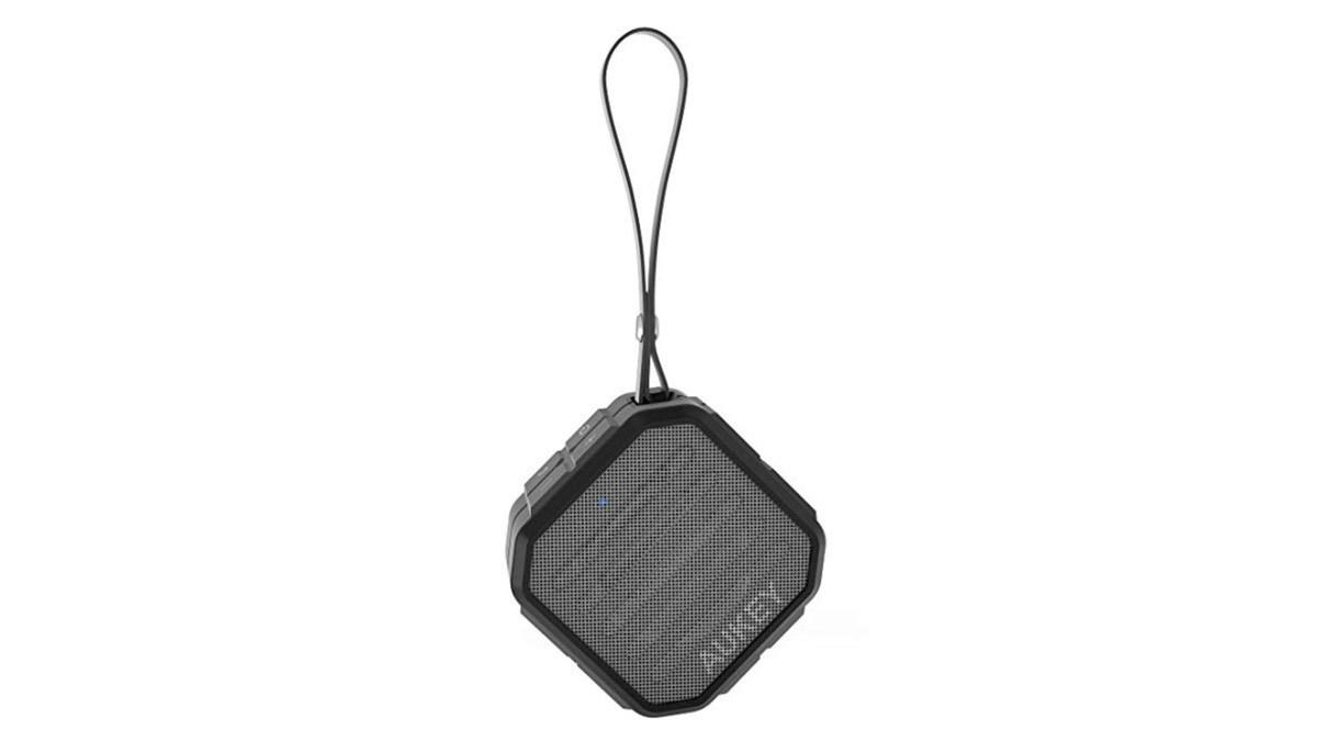 Geek Daily Deals 103118 portable speaker