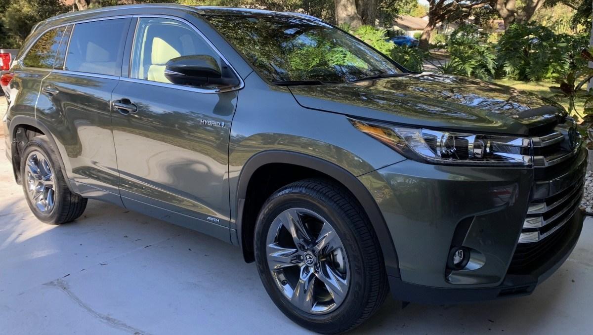 Toyota-Highlander-Hybrid-2018