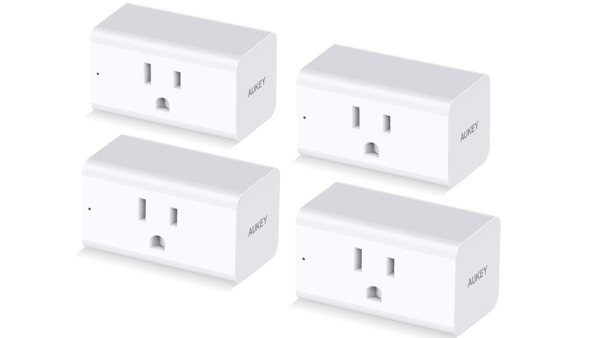 Geek Daily Deals 062019 smart plugs