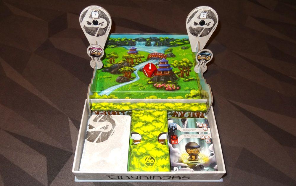 Tiny Ninjas box during gameplay