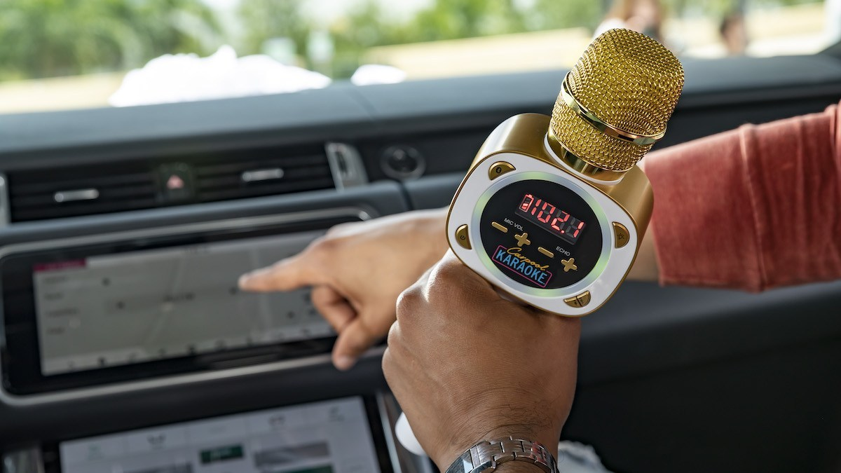 Carpool Karaoke The Mic connects to the car's speakers and lets you perform all your favorites... just don't take the microphone while you're behind the wheel.