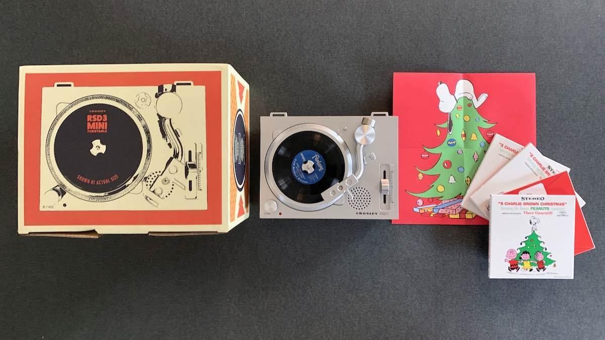 RSD3 Mini Turntable Charlie Brown Christmas
