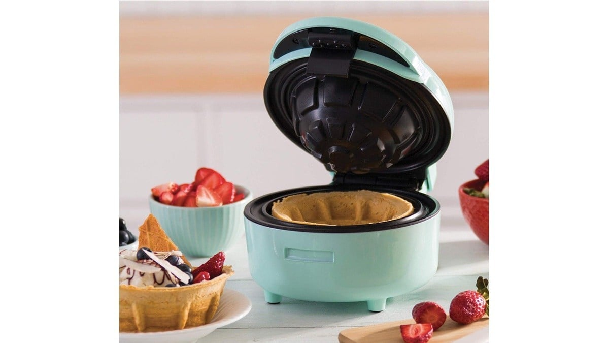 Geek Daily Deals 121219 waffle bowl maker