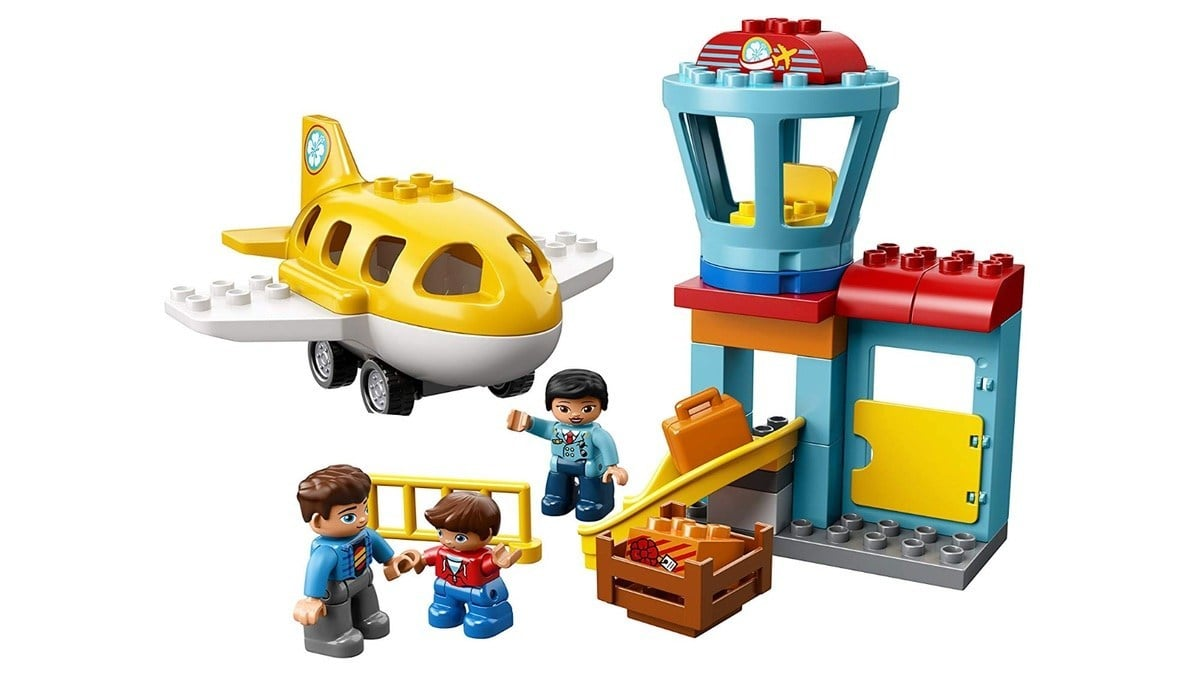 Geek Daily Deals 013020 lego duplo town airport