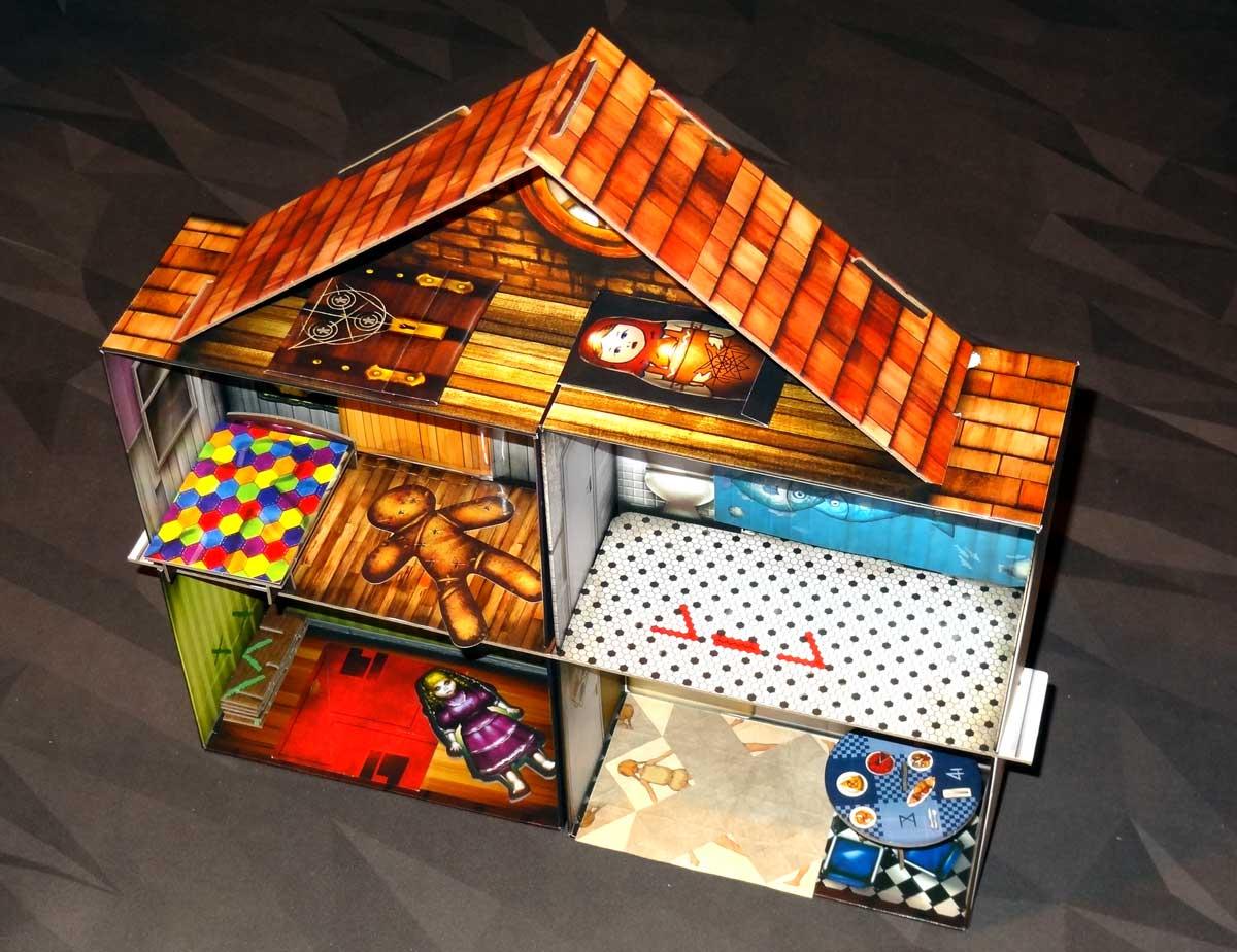 Escape the Room: The Cursed Dollhouse setup