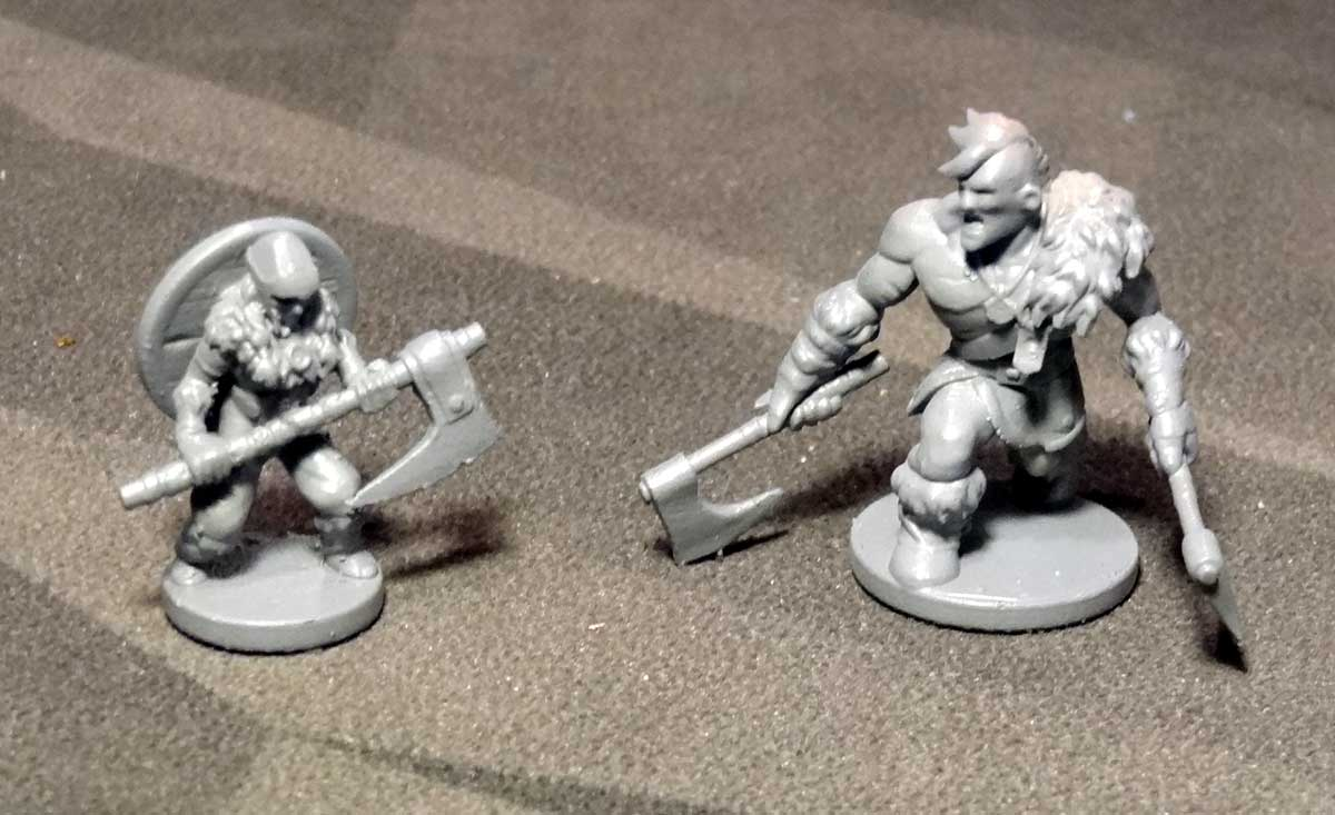 Northgard: Uncharted Lands warrior and warchief miniatures