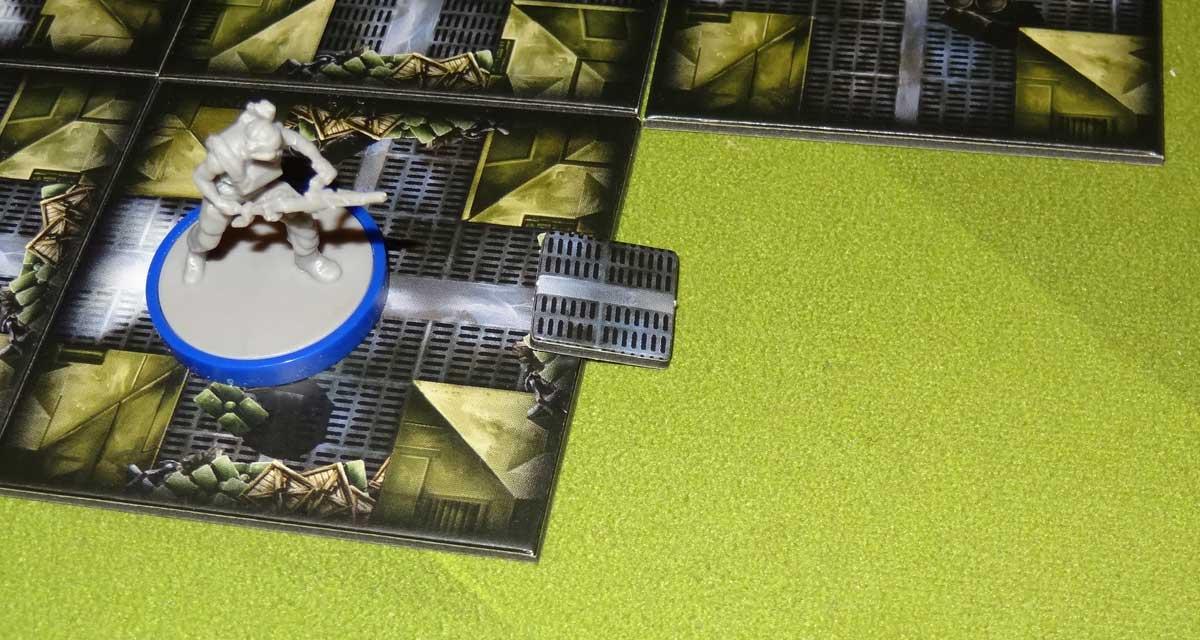 Aliens: Bug Hunt breach barricade