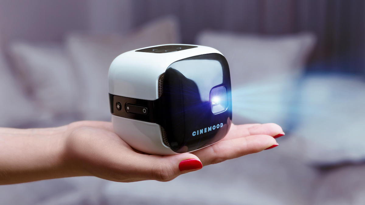New CINEMOOD TV is a handheld, family-friendly powerhouse projector.