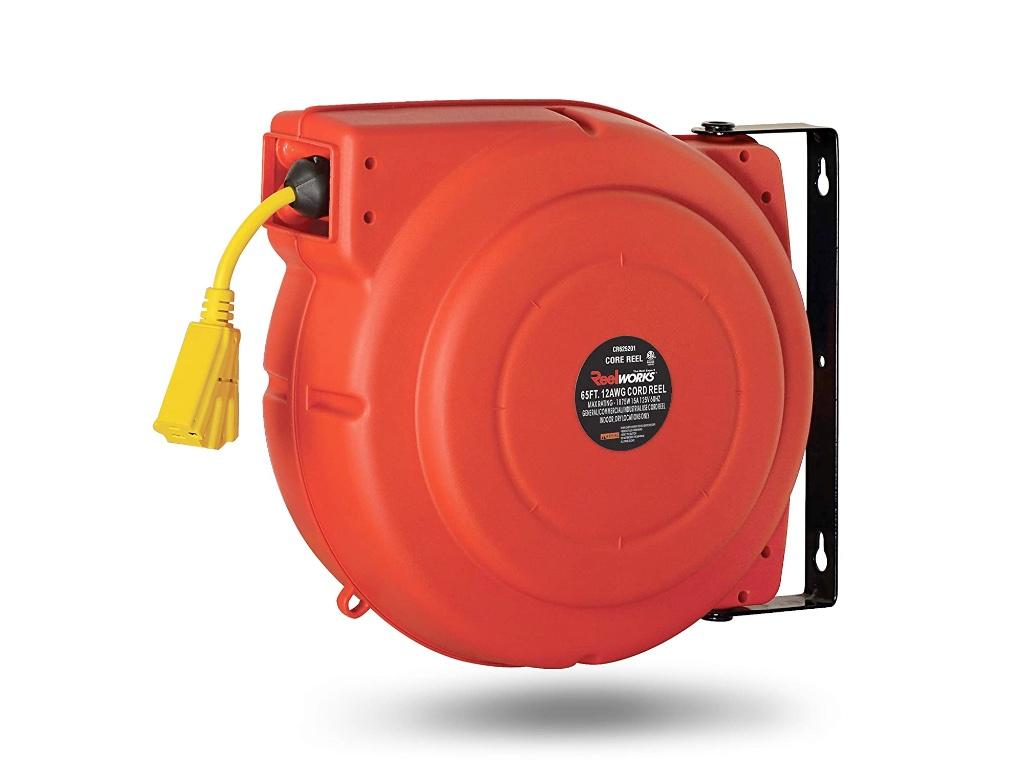 Geek Daily Deals 210311 retractable-power-cord